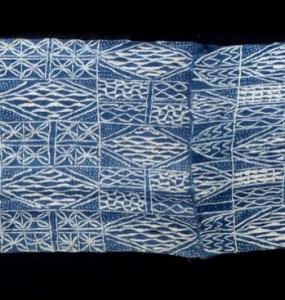 Tessuto Ndop Bamileke Camerun cotone a riserva con indaco H93 x 224 cm